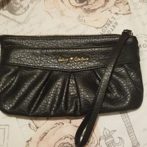 Juicy Couture wrislet. Small and super cute.